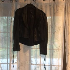 Guess jacket signed by Jill Wagner ASO teen wolf